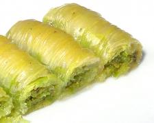 Fıstıklı Burma Şerbetli Tatlı