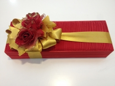 Fiyonk şeklinde çikolata paketi